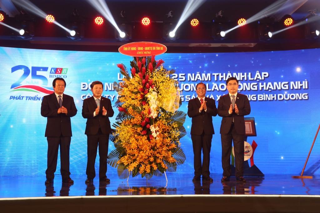 Lễ kỷ niệm 25 năm thành lập & Đón nhận Huân chương lao động hạng II